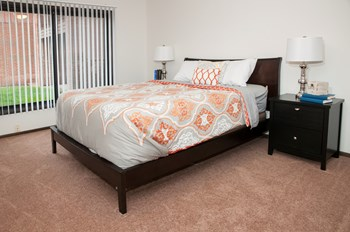 8100 Bass Lake Rd Studio-2 Beds Apartment for Rent Photo Gallery 1