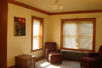 3120-28 W. Wisconsin Ave. Studio-2 Beds Apartment for Rent Photo Gallery 1
