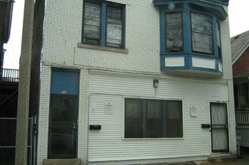 444-446 N. 30th Street 3 Beds Duplex/Triplex for Rent Photo Gallery 1