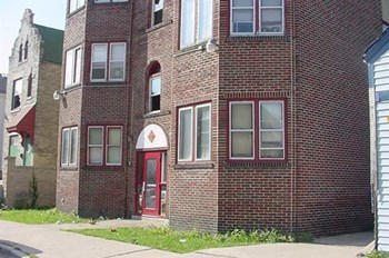 7600-7630 W Wabash 2 Beds Apartment for Rent Photo Gallery 1