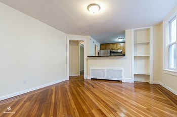 166 Belmont Avenue 2 Beds House for Rent Photo Gallery 1